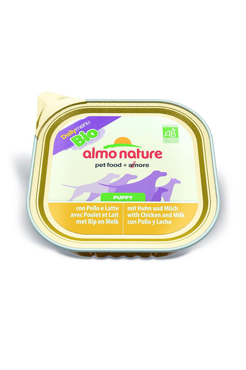 Паштет для щенков Almo Nature Daily Menu. Bio, курица в молоке с овощами, 300 г10173Паштет для щенков Almo Nature Daily Menu. Bio изготовлены из отборных, гипоаллергенных и легко усвояемых ингредиентов. Содержат питательные, высококачественные продукты: подлинное мясо свободного выгула - без гормонов и антибиотиков, а также овощи, произрастающие в экологически чистых условиях без использования пестицидов и химических веществ.Состав: мясо и его производные, молоко (4% минимум), овощи (горох и морковь – 5% минимум), злаки, минеральные вещества, витамин Е – 16 мг/кг, витамин D – 100 мкл/кг.Гарантированный анализ: белки – 10,5%, клетчатка – 1%, жиры – 5%, зола – 3%, влажность – 79%.Товар сертифицирован.