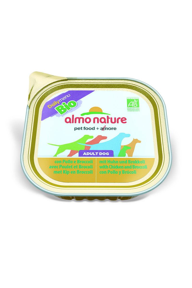 Паштет для собак Almo Nature Daily Menu. Bio, с курицей и брокколи, 300 г0120710Паштет для собак Almo Nature Daily Menu. Bio изготовлены из отборных, гипоаллергенных и легко усвояемых ингредиентов. Содержат питательные, высококачественные продукты: подлинное мясо свободного выгула - без гормонов и антибиотиков, а также овощи, произрастающие в экологически чистых условиях без использования пестицидов и химических веществ.Состав: мясо и его производные, овощи (брокколи – 5% минимум), минеральные вещества, витамин Е – 16 мг/кг.Гарантированный анализ: белки – 9,5%, клетчатка – 0,8%, жиры – 5,5%, зола – 2,5%, влажность – 81%.Калорийность – 903 ккал/кг.Товар сертифицирован.