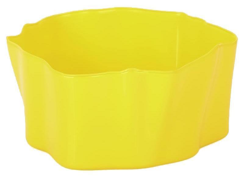 Органайзер Qualy Flow, цвет: желтый, 25,5 х 25,5 х 11,5 см16050Органайзер Qualy Flow может пригодиться на кухне, в ванной, в гостиной, на даче, на природе, в городе, в деревне. В него можно складывать фрукты, овощи, хлеб, кухонные приборы и аксессуары, всевозможные баночки, можно использовать органайзер как мусорную корзину, вазу. Все зависит от вашей фантазии и от хозяйственных потребностей! Пластиковый оригинальный органайзер пригодится везде!