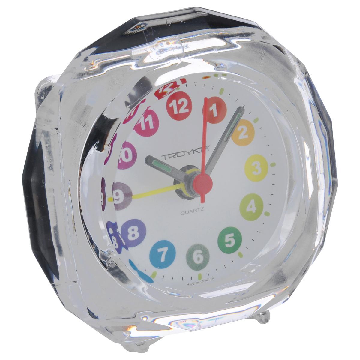 Будильник Troyka, цвет: прозрачный. 02.009N-08Будильник Troyka выполнен из стекла и пластика. Он поможет вам просыпаться по утрам и никуда не опаздывать.На задней панели будильника расположены переключатель включения/выключения механизма и два колесика для настройки текущего времени и времени звонка будильника. Будильник работает от 1 батарейки типа AA (не входит в комплект).