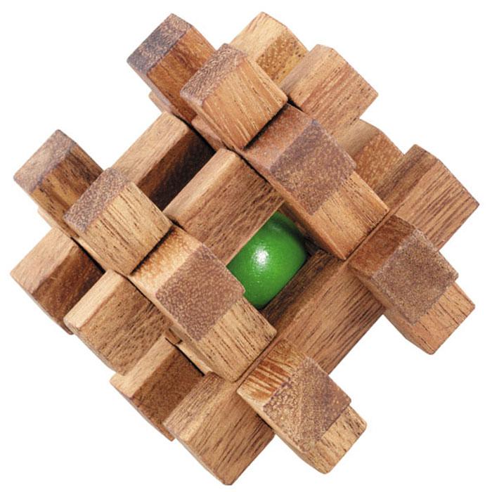 """Головоломка Dilemma """"Шар в клетке"""", выполненная из дерева, станет отличным подарком всем любителям головоломок! Куб состоит из шара и 12 деревянных элементов пяти разных форм. Вам нужно попытаться освободить шар (это не так сложно), а затем снова заключите его в куб (это непросто). Слишком сложно? Тогда воспользуйтесь подсказкой, находящейся в инструкции. Рассчитана игра на одного игрока. Головоломка Dilemma """"Шар в клетке"""" стимулирует логику, пространственное мышление и мелкую моторику рук."""