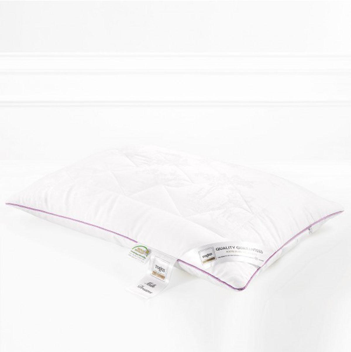 Подушка Togas Милк дримс, наполнитель: молочное волокно, 70 х 70 см531-105Чехол подушки Togas Милк дримс выполнен из жаккарда (100% модал). Наполнитель подушки изготовлен из молочного волокна. Модал – материал нового поколения, появился сравнительно недавно. Несмотря на синтетическое происхождение, он считается экологически чистым, так как изготовлен из 100% древесной целлюлозы. Целлюлоза для модала используется высококачественная, чаще всего из эвкалиптового дерева, бука, сосны.Молочное волокно имеет гипоаллергенные и антибактериальные свойства. Наполнитель из молочного волокна отлично поглощает лишнюю влагу, не препятствует естественному дыханию кожи во время сна и при этом сохраняет все свои свойства после многократных стирок. Такая подушка абсолютно натуральна и безопасна. Она дарит всю пользу молока вашей коже, насыщая ее во время сна аминокислотами, микроэлементами и оказывая на нее естественно увлажняющее и стимулирующее кровообращение действие.
