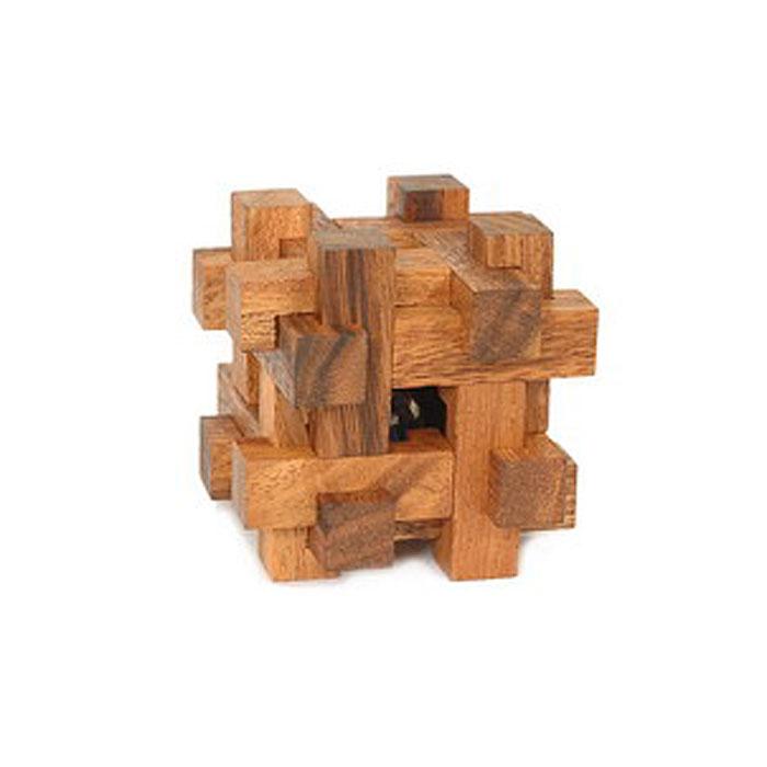 """Головоломка Dilemma """"Шар в крепости"""", выполненная из дерева, станет отличным подарком всем любителям головоломок! Головоломка для одного игрока и представлена в виде куба из 12 деревянных элементов. Попытайтесь освободить шар (это не так сложно), а затем снова заключите его в куб (это непросто). Если слишком сложно, то вы можете воспользоваться подсказкой в инструкции. Головоломка Dilemma """"Шар в крепости"""" стимулирует логику, пространственное мышление и мелкую моторику рук."""