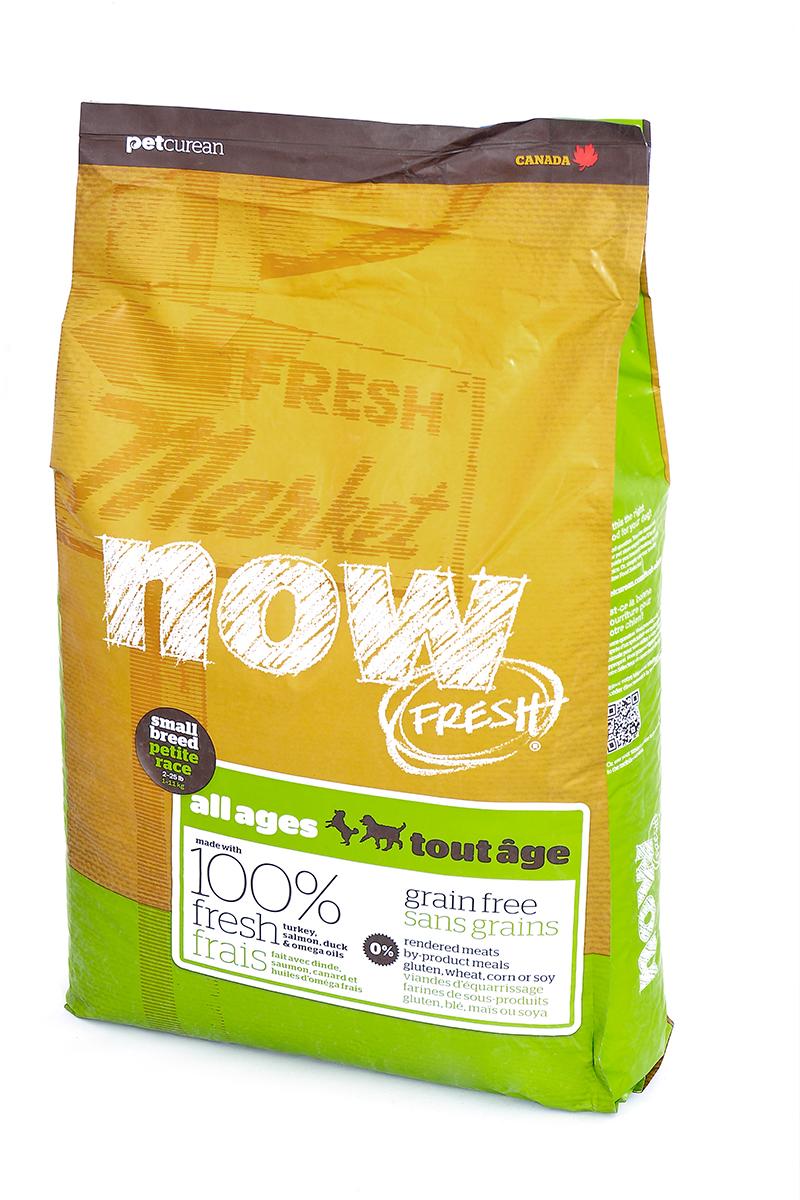 Корм сухой Now Fresh для малых пород собак всех возрастов, беззерновой, с индейкой, уткой и овощами, 11,35 кг554Сухой корм Now Fresh - беззерновой для малых пород рекомендован для всех возрастов: для щенков, для взрослых и для активных собак, а также для пожилых собак. Корм сделан из свежей индейки, приправленной полезными овощами.Ключевые преимущества: - не содержит субпродуктов, красителей, говядины, мясных ингредиентов, выращенных на гормонах, - гранулы благодаря своей форме бережно очищают зубы, люцерна в составе корма освежает дыхание, - пробиотики и пребиотики обеспечивают здоровое пищеварение, - маленький размер гранул способствует лучшему захвату корма, - докозагексаеновая кислота (DHA) и эйкозапентаеновая кислота (EPA) необходима для нормальной деятельности мозга и здорового зрения, - омега-масла в составе необходимы для здоровой кожи и шерсти, - антиоксиданты укрепляют иммунную систему. Состав: филе индейки, картофель, свежие цельные яйца, горох, льняное семя, яблоки, масло канолы (источник витамина Е), натуральный ароматизатор, утиное филе, филе лосося, кокосовое масло (источник витамина Е), томаты, сушеная люцерна, морковь, тыква, бананы, черника, клюква, малина, ежевика, папайя, ананас, грейпфрут, чечевица, брокколи, шпинат, творог, ростки люцерны, сушеные водоросли, карбонат кальция, дикальций фосфат, лецитин, триполифосфата натрия, хлорид натрия, хлористый калий, витамины (витамин Е, L-аскорбил-2-полифосфатов (источник витамина С), никотиновая кислота, инозит, витамин А, тиамина мононитрат, пантотенатD-кальция, пиридоксина гидрохлорид, рибофлавин, бета-каротин, витамин D3, фолиевая кислота, биотин, витамин В12), минералы (цинка протеинат, сульфат железа, оксид цинка, железа протеинат, сульфат меди, меди протеинат, марганца протеинат, оксид марганца, йодат кальция, селена, дрожжи), таурин, DL-метионин, L-лизин, экстракт водорослей, высушенный корень цикория, Lactobacillus, Enterococcus, Aspergillus, дрожжевой экстракт, экстракт юкки шидигера, календула