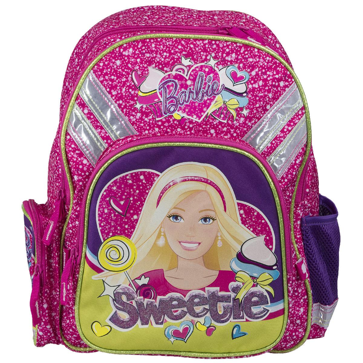 Рюкзак школьный Barbie Sweetie, цвет: розовый, фиолетовыйMCCB-UT1-4013Рюкзак школьный Barbie Sweetie обязательно понравится вашей школьнице. Выполнен из прочных и высококачественных материалов, дополнен изображением милой Барби.Содержит два вместительных отделения, закрывающиеся на застежки-молнии. В большом отделении находятся две перегородки для тетрадей или учебников. Дно рюкзака можно сделать жестким, разложив специальную панель с пластиковой вставкой, что повышает сохранность содержимого рюкзака и способствует правильному распределению нагрузки. Лицевая сторона оснащена накладным карманом на молнии. По бокам расположены два накладных кармана: на застежке-молнии и открытый, стянутый сверху резинкой. Специально разработанная архитектура спинки со стабилизирующими набивными элементами повторяет естественный изгиб позвоночника. Набивные элементы обеспечивают вентиляцию спины ребенка. Плечевые лямки анатомической формы равномерно распределяют нагрузку на плечевую и воротниковую зоны. Конструкция пряжки лямок позволяет отрегулировать рюкзак по фигуре. Рюкзак оснащен эргономичной ручкой для удобной переноски в руке. Светоотражающие элементы обеспечивают безопасность в темное время суток.Многофункциональный школьный рюкзак станет незаменимым спутником вашего ребенка в походах за знаниями.Вес рюкзака без наполнения: 600 г.Рекомендуемый возраст: от 12 лет.