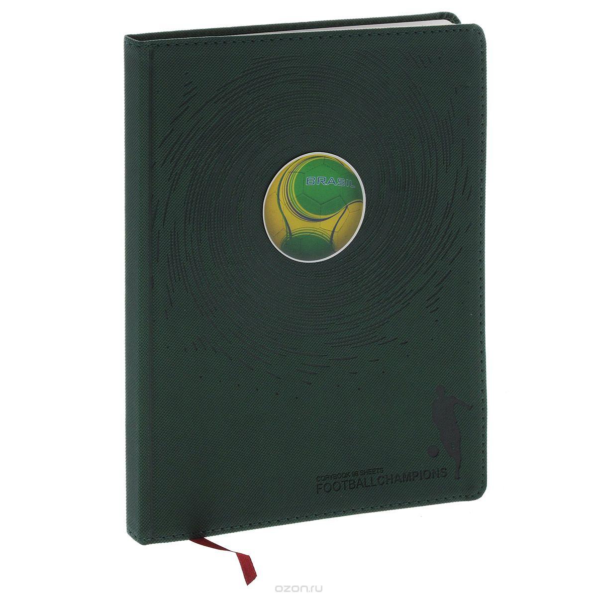 Тетрадь общая Футбольные мячи, цвет: зеленый, 96 листов. 7-96-87772523WDТетрадь в клетку Альт Футбольные мячи подойдет как студенту, так и школьнику. Гибкая, высокопрочная интегральная обложка с закругленными углами выполнена из итальянского переплетного материала и прошита по периметру. Цветная полимерная наклейка на обложке в виде футбольного мяча - оригинальная деталь оформления. Внутренний блок состоит из 192 страницдля записей с тонированной бежевой бумагой, дополнена полями для удобства размещения заметок. Тетрадь имеет ляссе и блок для заполнения личных данных.