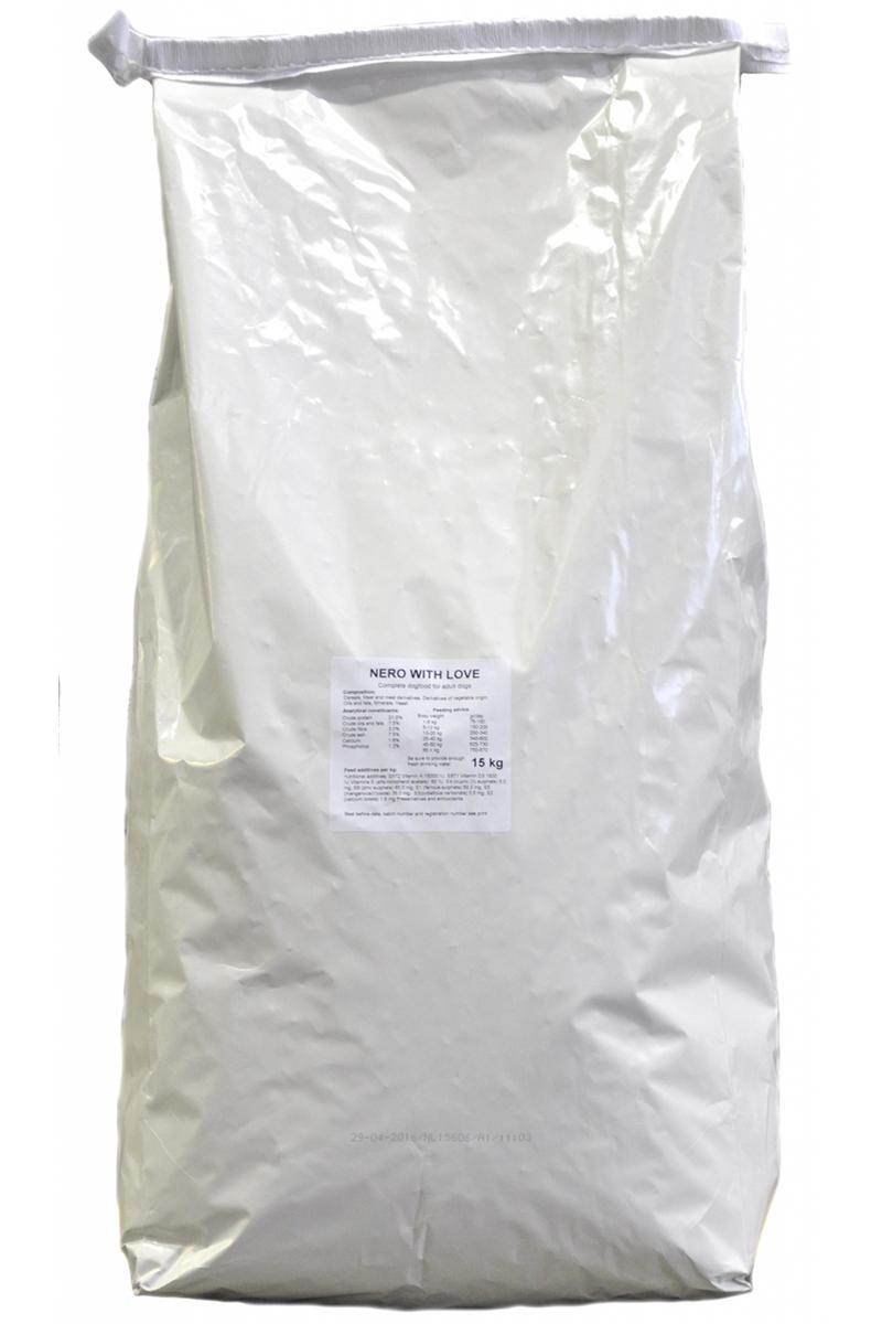 Корм сухой Nero Gold Nero With Love, для собак, мясной коктейль, 18 кг0120710Корм сухой Nero Gold Nero With Love - полноценный сбалансированный корм для собак.Легкоусвояемый высококачественный протеин. Оптимальное соотношение кальция и фосфора способствует здоровью костей и зубов. Витамин А обеспечивает острое зрение. Витамин Е - природный антиоксидант, помогает организму бороться со свободными радикалами, защищает организм собаки от стресса. Не содержит пшеницу, сою, молочные ингредиенты, говядину, свинину, субпродукты и ГМО. Именно эти ингредиенты вызывают пищевую непереносимость.Состав: злаки, мясо и субпродукты, растительные субпродукты, масла и жиры, минералы и витамины, дрожжи. Пищевая ценность: протеин 21%, жиры 8%, клетчатка 3%, зола 7,5%, влажность 9%, фосфор 1,2%, кальций 1,6%.Пищевые добавки (на 1 кг): витамин A (E672) 15 000 IU, витамин D3 (E671) 1 500 IU, витамин E (альфа токоферола ацетат) 75 мг, витамин C (фосфат аскорбиновой кислоты) 20 мг, сульфат железа 50 мг, иодат кальция 1,5 мг, сульфат кобальта 0,5 мг/кг, сульфат меди 5 мг, сульфат марганца 35 мг, сульфат цинка 65 мг.Товар сертифицирован.