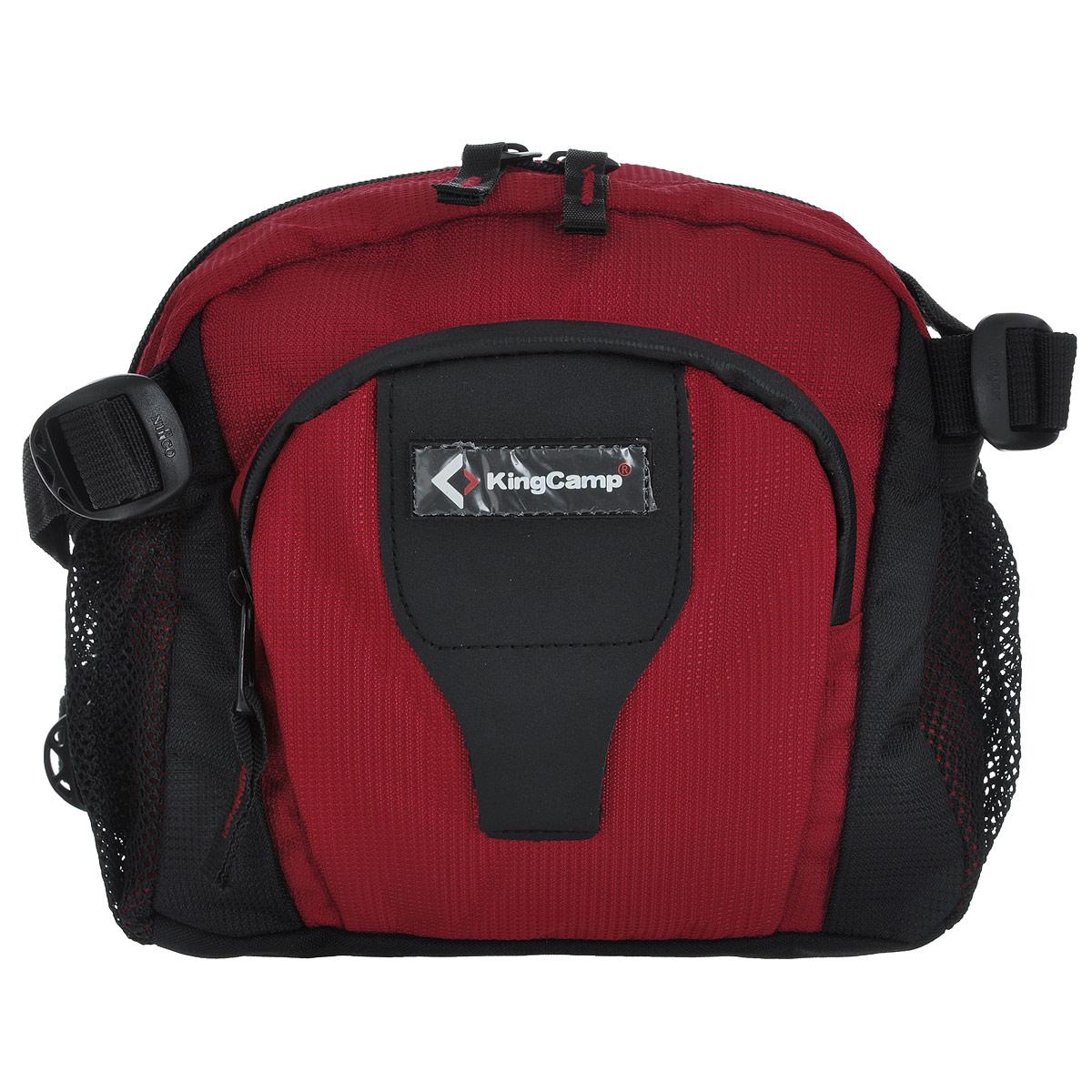 Сумка поясная KingCamp Jordan, цвет: красныйУТ-000049351Поясная сумка KingCamp Jordan изготовлена из полиэстера. Сумка имеет 1 основное отделение, которое закрывается на застежку молнию. Внутри отделения находится накладной карман на застежке-молнии, а также карабин для ключей. На лицевой стороне расположен накладной карман с мягким покрытием на застежке-молнии с 2 сетчатыми кармашками внутри. По бокам сумки расположены 2 сетчатых кармана.Такая сумка отлично подойдет любителям фитнеса и пробежек. В нее можно положить необходимые вещи, такие как плеер, ключи, телефон, не боясь, что они потеряются. Сумка крепится на пояс при помощи ремня с пластиковым карабином. Максимальная длина пояса: 95 см.