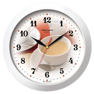 Часы настенные Troyka, цвет: белый. 1111018794672Настенные кварцевые часы Troyka с изображением чашки кофе с молоком, изготовленные из пластика, прекрасно подойдут под интерьер вашего дома. Круглые часы имеют три стрелки: часовую, минутную и секундную, циферблат защищен прозрачным пластиком.Диаметр часов: 29 см.Часы работают от 1 батарейки типа АА напряжением 1,5 В. Внимание! Часы укомплектованы бесплатным тестовым элементом питания для обеспечения их работоспособности при предпродажной подготовке и демонстрации рабочих функций.