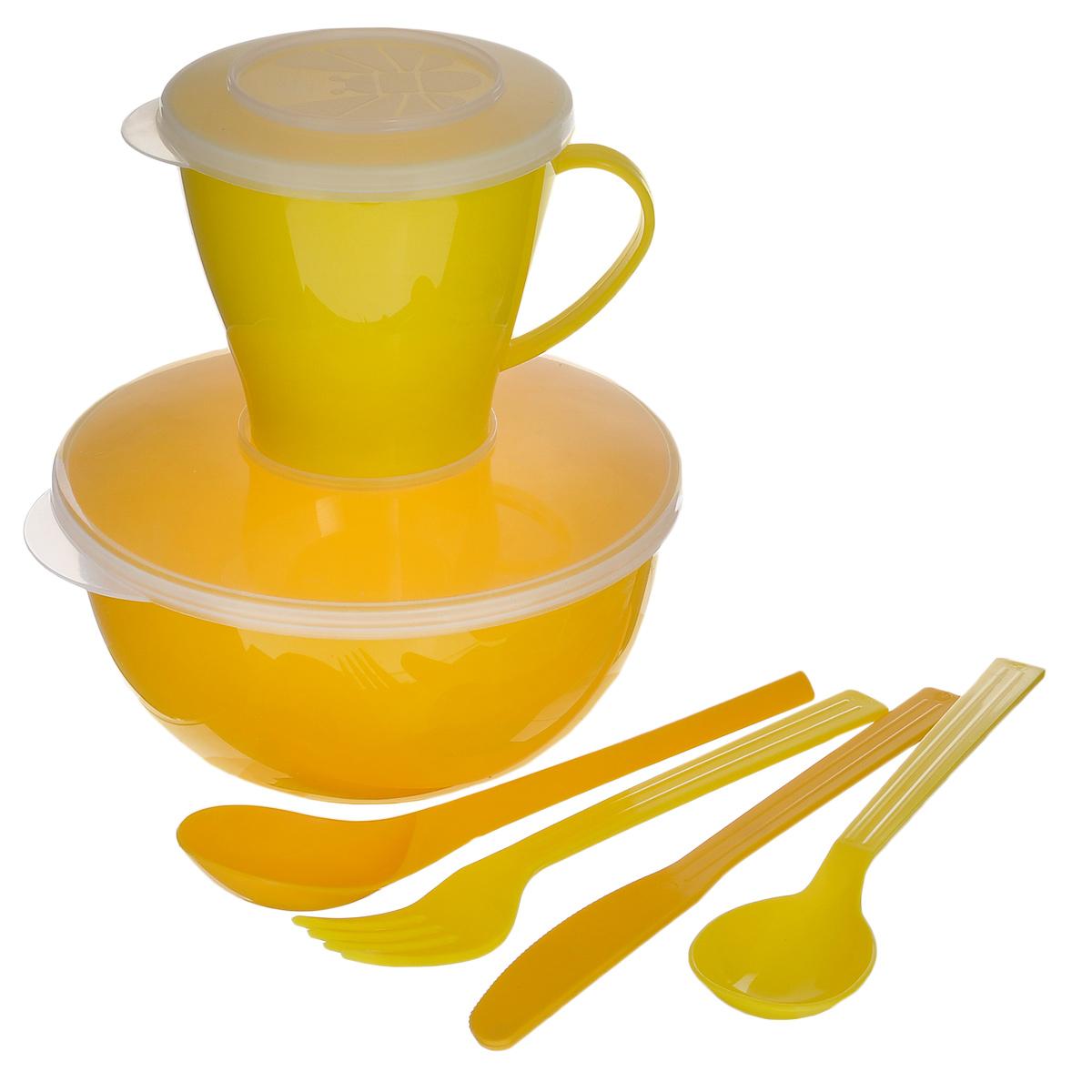 Набор посуды Solaris Походный, цвет: желтый, на 1 персону0003929Компактный минималистичный набор посуды Solaris Походный из качественного полипропилена, в удобной виниловой сумке с ручкой и молнией.Свойства посуды:Посуда из ударопрочного пищевого полипропилена предназначена для многократного использования. Легкая, прочная и износостойкая, экологически чистая, эта посуда работает в диапазоне температур от -25°С до +110°С. Можно мыть в посудомоечной машине. Эта посуда также обеспечивает:Хранение горячих и холодных пищевых продуктов;Разогрев продуктов в микроволновой печи;Приготовление пищи в микроволновой печи на пару (пароварка);Хранение продуктов в холодильной и морозильной камере;Кипячение воды с помощью электрокипятильника.Состав набора:Миска с герметичной крышкой, 1 л;Чашка с герметичной крышкой, 0,36 л;Вилка;Ложка столовая;Нож;Ложка чайная.Диаметр миски: 15 см.Высота миски: 7,5 см.Диаметр чашки по верхнему краю: 9,1 см.Диаметр дна чашки: 5,7 см.Высота чашки: 8,7 см.Длина ложки: 19 см.Длина вилки: 19 см.Длина ножа: 19 см.Длина чайной ложки: 13,5 см.