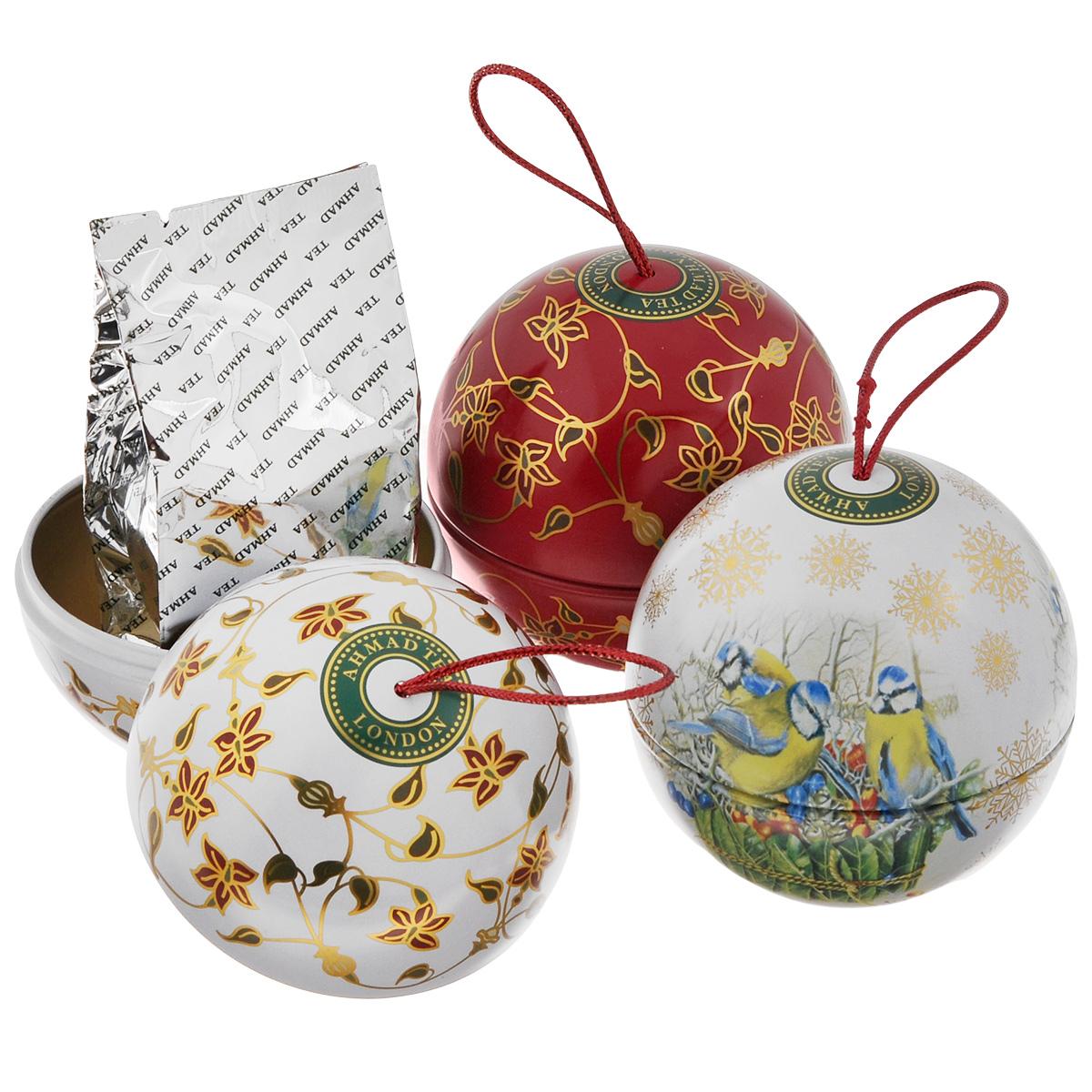 Ahmad Tea Christmas Tree набор ароматизированного чая, 3х30 г0120710Набор чайный Ahmad Tea Christmas Tree. В набор входят:Winter Prune / Зимний Чернослив Сладкий насыщенный, с легкой кислинкой вкус чернослива обрамляет букет восхитительного китайского черного чая, подобно прозрачному бриллианту в драгоценной оправе.Novel Thyme / Благородный ЧабрецАроматный дикий чабрец и душистая спелая клубника в деликатном сочетании с лучшим листовым зеленым чаем из Китая напомнит о летних жарких днях. Ароматный дикий чабрец и душистая спелая клубника в деликатном сочетании с лучшим листовым зеленым чаем из Китая напомнит о летних жарких днях.Yunnan Mist / Юньнань МистЮньнань Мист, происходящий из легендарной китайской провинции Юньнань, исторической родины чая, обладает уникальным пикантным вкусом, дымным ароматом и ярко-золотистым цветом настоя. Внимание! Подарочная упаковка в виде шаров поставляется в ассортименте и может отличаться от представленной на фото.