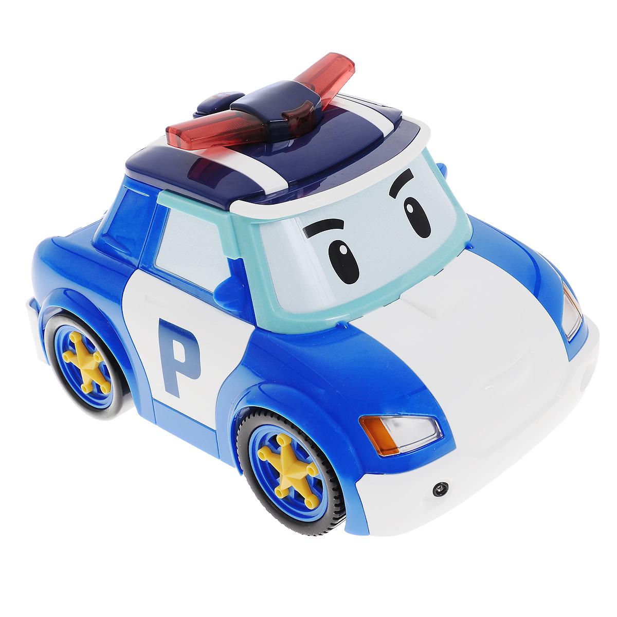 """Радиоуправляемая модель Poli """"Follow Me Poli"""" привлечет внимание любого маленького поклонника мультфильма Robocar Poli. Машинка выполнена из прочного пластика в виде главного героя мультфильма - полицейского автомобиля Поли. Пульт управления выполнен в виде полицейского жезла и разработан специально для маленьких ручек малыша - на нем всего одна кнопка, а для управления машинкой достаточно зажать большую желтую кнопку на и перемещать жезл, и машинка будет следовать за ним. Также игрушка имеет режим танца. Чтобы активировать его, нажмите на кнопку с изображением ноты на крыше машинки, и она начнет кружиться со звуковыми и световыми эффектами. Машинка умеет автоматически распознавать препятствия и избегать их. Ваш малыш часами будет играть с такой игрушкой, придумывая различные истории и устраивая соревнования. Порадуйте его таким замечательным подарком! Для работы машинки необходимо докупить 4 батареи типа AА (не входят в комплект). Для работы пульта..."""