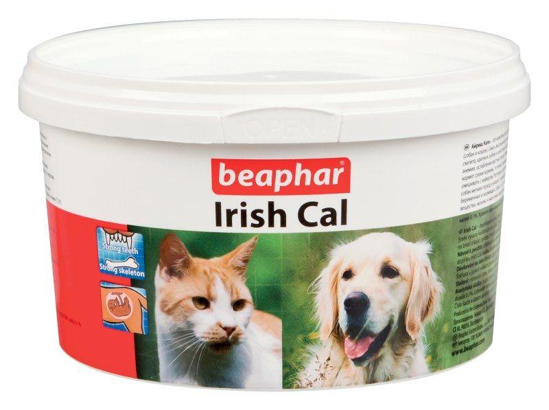 Beaphar Irish Cal минеральная смесь с повышенным содержанием солей кальция 250 г0120710Кормовая добавка для обогащения и балансирования рационов собак икошек витаминами и минеральными веществами. По внешнему виду IrishCal представляет собой порошок белесого цвета.