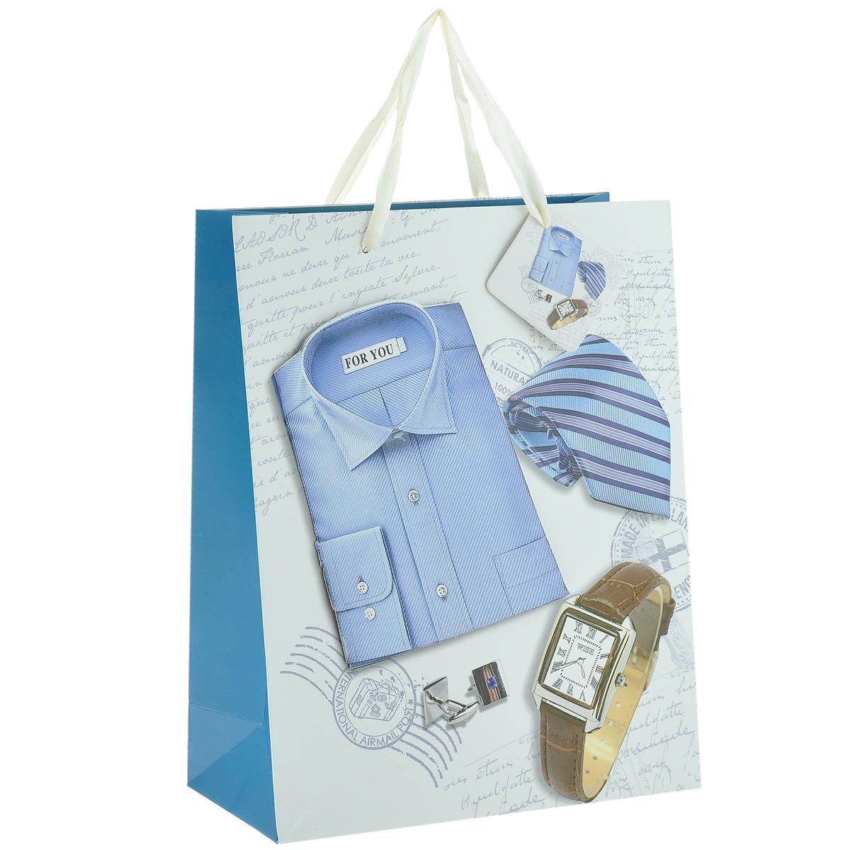Пакет подарочный Мужской стиль, 26 х 10 х 32 смC0042416Дизайнерский подарочный пакет Мужской стиль выполнен из плотной бумаги, оформлен изображением часов, галстука, запонок и аппликацией в виде синей рубашки. Дно изделия укреплено плотным картоном, который позволяет сохранить форму пакета и исключает возможность деформации дна под тяжестью подарка. Для удобной переноски имеются две атласные ручки.Подарок, преподнесенный в оригинальной упаковке, всегда будет самым эффектным и запоминающимся. Окружите близких людей вниманием и заботой, вручив презент в нарядном праздничном оформлении.
