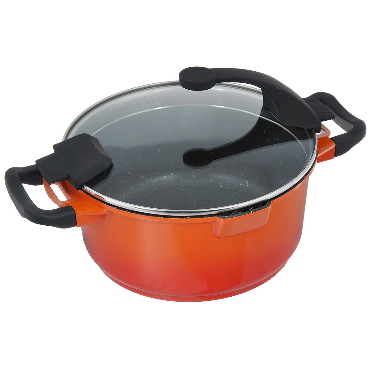 Кастрюля BergHOFF Virgo Orange с крышкой, с антипригарным покрытием, цвет: оранжево-красный, 4,6 л22337Кастрюля BergHOFF Virgo изготовлена из литого алюминия, который имеет эффект чугунной посуды. В отличие от чугуна, посуда из алюминия легче по весу и быстро нагревается, что гарантирует сбережение энергии. Внутреннее покрытие - экологически безопасное антипригарное покрытие Ferno Green, которое не содержит ни свинца, ни кадмия. Антипригарные свойства посуды позволяют готовить без жира и подсолнечного масла или с его малым количеством. Ручки выполнены из бакелита с покрытием Soft-touch, они имеют комфортную эргономичную форму и не нагреваются в процессе эксплуатации. Крышка изготовлена из термостойкого стекла, благодаря чему можно наблюдать за ингредиентами в процессе приготовления. Широкий металлический обод со специальными отверстиями разного диаметра позволяет выливать жидкость, не снимая крышку. Подходит для всех типов плит, включая индукционные. Рекомендуется мыть вручную. Диаметр кастрюли (по верхнему краю): 24 см. Ширина кастрюли (с учетом ручек): 36 см.Высота стенки: 11,5 см. Толщина стенки: 3 мм. Толщина дна: 5 мм.