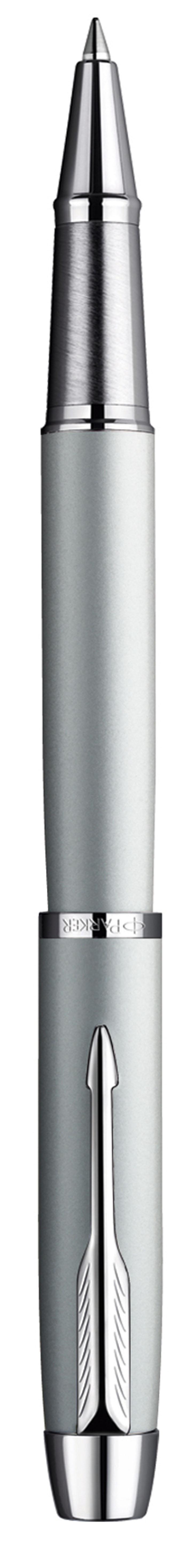 Parker Ручка-роллер IM Silver CT730396Эта ручка очаровывает сочетанием мягкими пастельными тонами и ледяным мерцанием стали. Этот изысканный аксессуар выгодно подчеркнет индивидуальность и безукоризненный вкус своего владельца.Толщина пишущего узла: Тонкий (F)Цвет стержня: Черный (другие продаются отдельно)Корпус: Латунный с лаковым покрытиемОтделка: Полированный металл / Хромированные детали отделкиЦвет: Серебристый