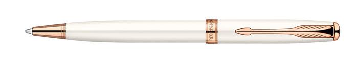 Ручка шариковая Sonnet Pearl Lacquer PGT. PARKER-S09473901108103Ручка шариковая «Паркер Соннет Перл Лак Пи Джи Ти». Инструмент для письма, линия письма – средняя, цвет чернил – черный, в подарочной упаковке. Произведено во Франции.