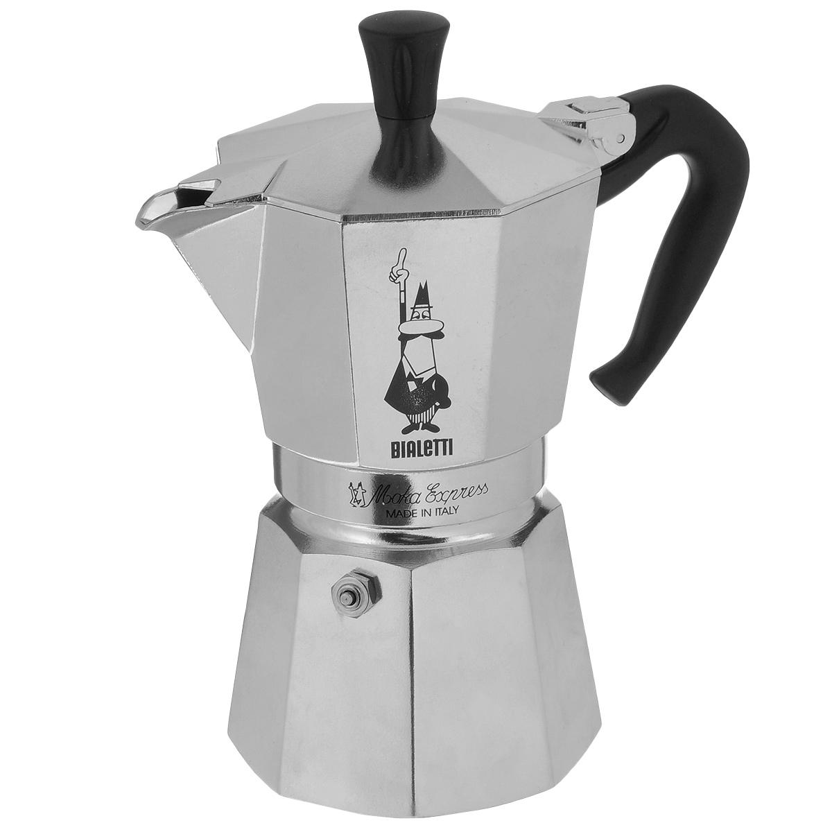Кофеварка гейзерная Bialetti Moka Express, на 6 чашек, 300 мл115510Компактная гейзерная кофеварка Bialetti Moka Express изготовлена из высококачественного алюминия. Объема кофе хватает на 6 чашек. Изделие оснащено удобной пластиковой ручкой.Принцип работы такой гейзерной кофеварки - кофе заваривается путем многократного прохождения горячей воды или пара через слой молотого кофе. Удобство кофеварки в том, что вся кофейная гуща остается во внутренней емкости. Гейзерные кофеварки пользуются большой популярностью благодаря изысканному аромату. Кофе получается крепкий и насыщенный. Теперь и дома вы сможете насладиться великолепным эспрессо. Подходит для газовых, электрических и стеклокерамических плит. Нельзя мыть в посудомоечной машине. Объем: 300 мл.