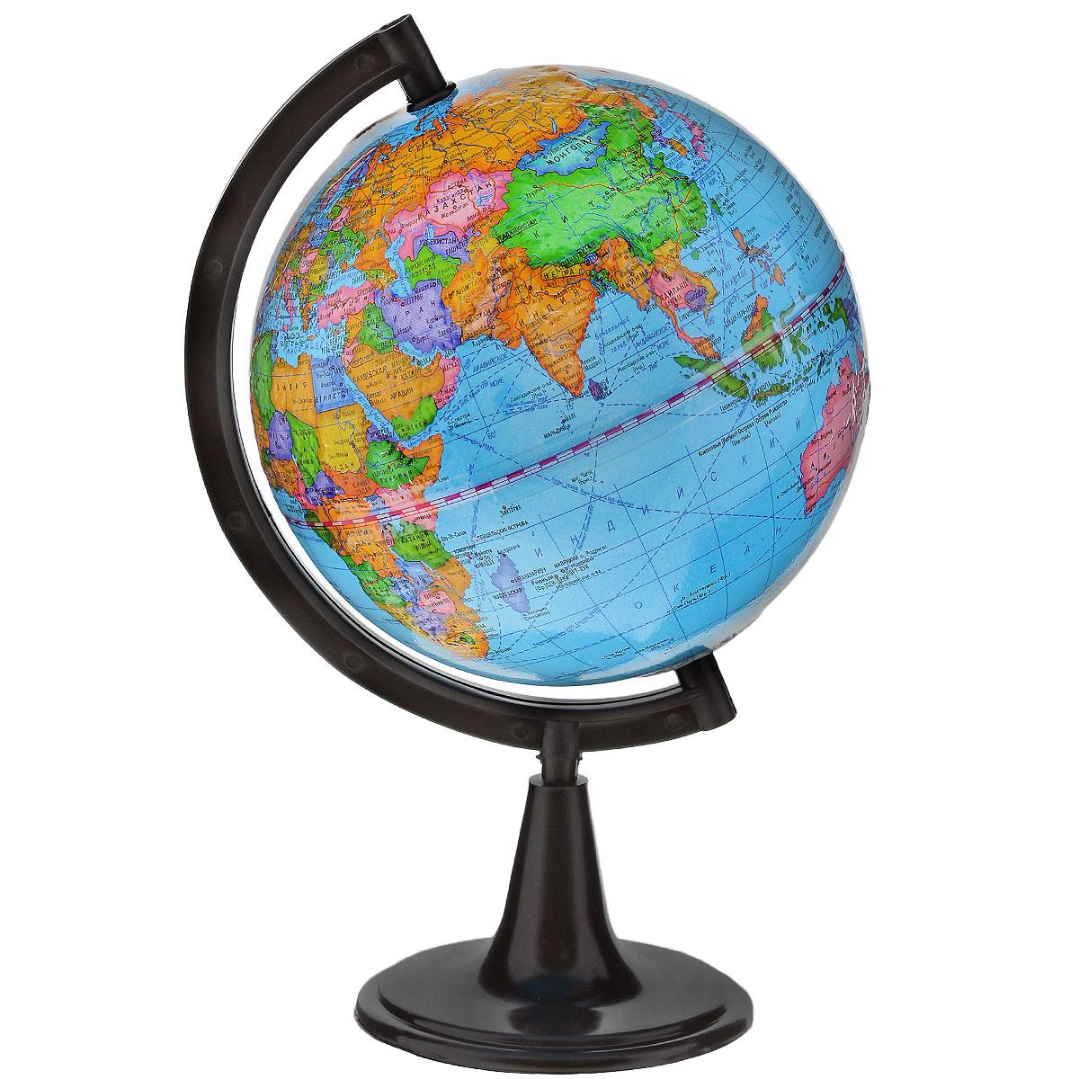Глобусный мир Глобус с политической картой мира, рельефный, диаметр 15 см10020Глобус с политической картой мира Глобусный мир, изготовленный из высококачественного прочного пластика, показываетстраны мира, сухопутные и морские границы того или иного государства, расположение городов и населенныхпунктов. Изделие расположено на подставке. На нем отображены картографические линии: параллели имеридианы, а также градусы и условные обозначения. На глобусе нанесен рельеф, который отчетливопоказывает рельеф местности и горные массивы. Все страны мира раскрашены в разные цвета. Глобус сполитической картой мира станет незаменимым атрибутом обучения не только школьника, но и студента.Названия стран на глобусе приведены на русской язык.Настольный глобус Глобусный мир станеторигинальным украшением рабочего стола или вашего кабинета. Это изысканная вещь для стильного интерьера,которая станет прекрасным подарком для современного преуспевающего человека, следующего последнимтенденциям моды и стремящегося к элегантности и комфорту в каждой детали.Масштаб: 1:84 000 000.