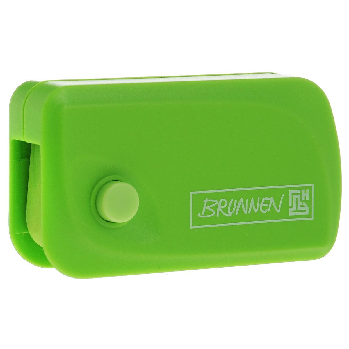 Автоматический ластик Brunnen Клик станет незаменимым аксессуаром на рабочем столе не только школьника или студента, но и офисного работника. Ластик в пластиковом прямоугольном корпусе зеленого цвета. На корпусе имеются отверстия для подвесок и брелоков. Ластик выдвигается из корпуса с приятным приглушенным щелчком (сбоку на корпусе есть кнопка для выдвижения ластика).Выдвигающийся ластик имеет прямоугольную форму со слегка закругленным одним краем.