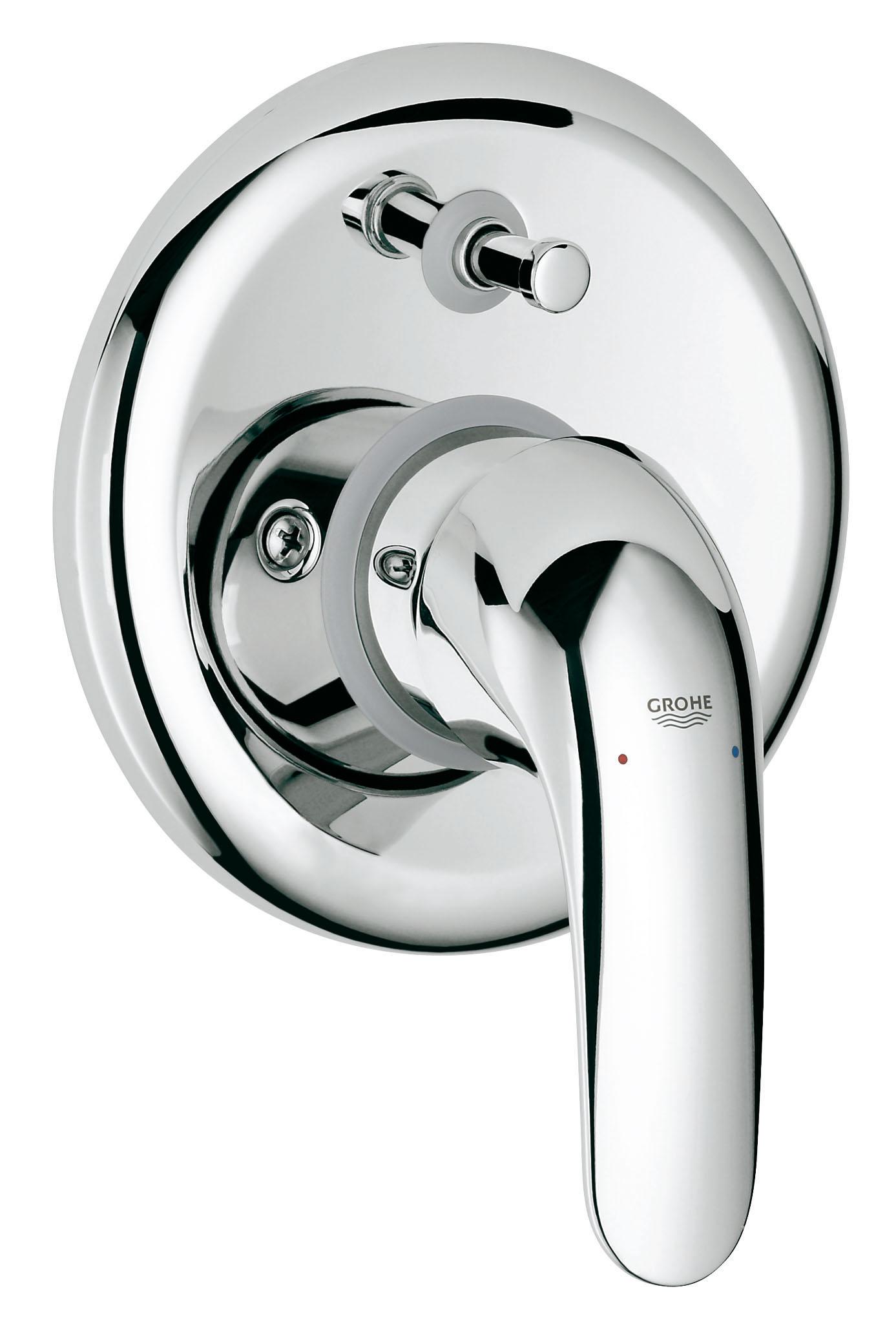 Смеситель встраиваемый для ванны GROHE Euroeco new (встр. механизм в комплекте) (32747000)68/5/1Скрытый монтажВключает в себя:Встраиваемый механизм (33 963)Комплект готового монтажа (19 379)GROHE SilkMove керамический картридж O 46 ммGROHE StarLight хромированная поверхность Автоматический переключатель: ванна/душМеталлический рычагУплотнитель розетки и рычагаОтражатели из металлаВинтовое креплениеДополнительный ограничитель температуры (46 308 000)