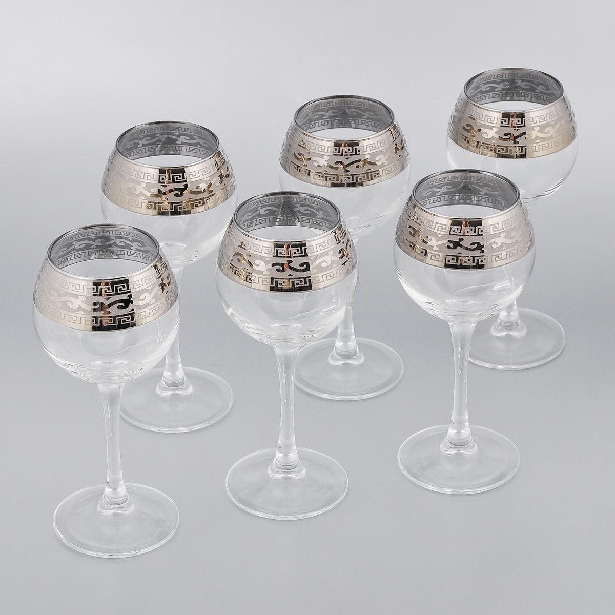 Набор фужеров Гусь-Хрустальный Версаче, 210 мл, 6 штVT-1520(SR)Набор Гусь-Хрустальный Версаче состоит из 6 фужеров для вина на тонких длинных ножках, изготовленных из высококачественного натрий-кальций-силикатного стекла. Изделия оформлены красивым зеркальным покрытием с белым матовым орнаментом. Такой набор прекрасно дополнит праздничный стол и станет желанным подарком в любом доме. Разрешается мыть в посудомоечной машине. Диаметр фужера (по верхнему краю): 5,5 см. Высота фужера: 17,5 см.