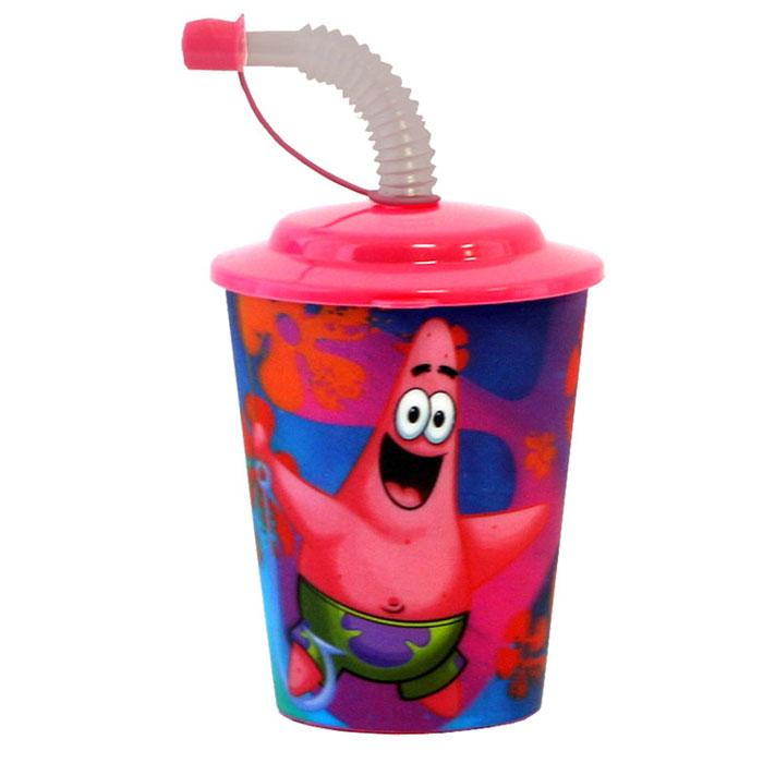 Губка Боб Стакан 3D, с крышкой и трубочкой, цвет: розовый, 400 мл6829000000Стакан Губка Боб с 3D рисунком выполнен из высококачественного полипропилена, что очень удобно и безопасно для детей, так как этот материал не бьется. Внешние стенки оформлены объемным изображением героев мультсериала Губка Боб. Стакан плотно закрывается крышкой с отверстием в центре для толстой гофрированной соломинки. Для трубочки предусмотрен специальный колпачок, что исключает попадание пыли и грязи в содержимое стакана.Теперь пить любимые напитки из такого стаканчика станет еще вкуснее.