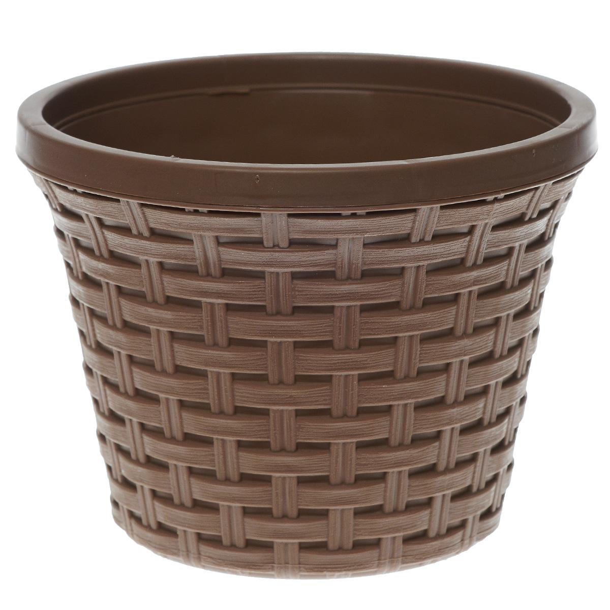 Кашпо Violet Ротанг, с дренажной системой, цвет: какао, 2,2 л32220/17Кашпо Violet Ротанг изготовлено из высококачественного пластика и оснащено дренажной системой для быстрого отведения избытка воды при поливе. Изделие прекрасно подходит для выращивания растений и цветов в домашних условиях. Лаконичный дизайн впишется в интерьер любого помещения.Объем: 2,2 л.