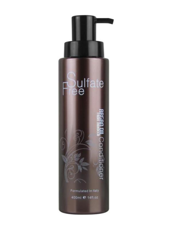 Morocco Argan Oil Кондиционер для волос увлажняющий с маслом арганы NUSPA, 400мл6590192Легкий и эффективный кондиционер без сульфатов идеально подходит для ухода за волосами любого типа, нормализует структуру волос, предотвращает появление секущихся кончиков, глубоко питает и увлажняет волосы и кожу головы.Идеально подходит для всех типов волос, особенно рекомендуется для очень тонких, окрашенных и сильно поврежденных волос, незаменим для использования после процедур кератинового выпрямления волос. Кондиционер с большим содержанием масла арганы имеет невесомую текстуру, которая равномерно распределяется по волосам, увлажняя и питая их, делая более упругими и сильными, устраняя повреждения и защищая от негативного воздействия окружающих факторов.Основным ингредиентом кондиционера масло марокканской арганы, которое богато микроэлементами и жирными кислотами, витаминами и аминокислотами и быстро восстанавливает дефицит питания и увлажнения в волосах и коже головы. Кроме того, оно защищает волосы от пересушивания и повреждения в процессе укладки и окрашивания, возвращает волосам здоровый блеск, восстанавливает кутикулу волос, предотвращая расслаивание. Масло арганы наносится очень тонким слоем и сразу же усваивается, не утяжеляя даже тонкие волосы.Способ применения:Вымойте голову бессульфатным шампунем NUSPA Morocco Argan Oil, тщательно промойте волосы водой и слегка просушите полотенцем. Выдавите небольшое количество кондиционера в ладонь и равномерно распределите его по волосам. Проведите деликатный массаж, чтобы активировать формулу кондиционера. Через 5-10 минут смойте средство большим количеством воды и высушите волосы, как обычно.Объем: 400 мл