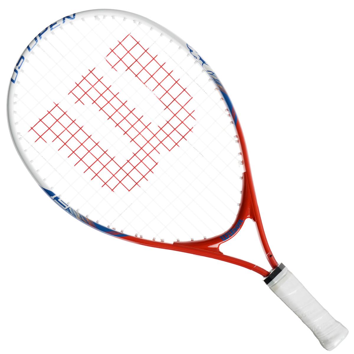 Ракетка детская Wilson US Open 19275368Детская теннисная ракетка Wilson US Open 19 отлично подойдет для начинающих спортсменов возрастом 2-4 года. Титановый сплав обеспечивает изделию дополнительную прочность. Ракетка имеет небольшой вес для более удобного замаха.