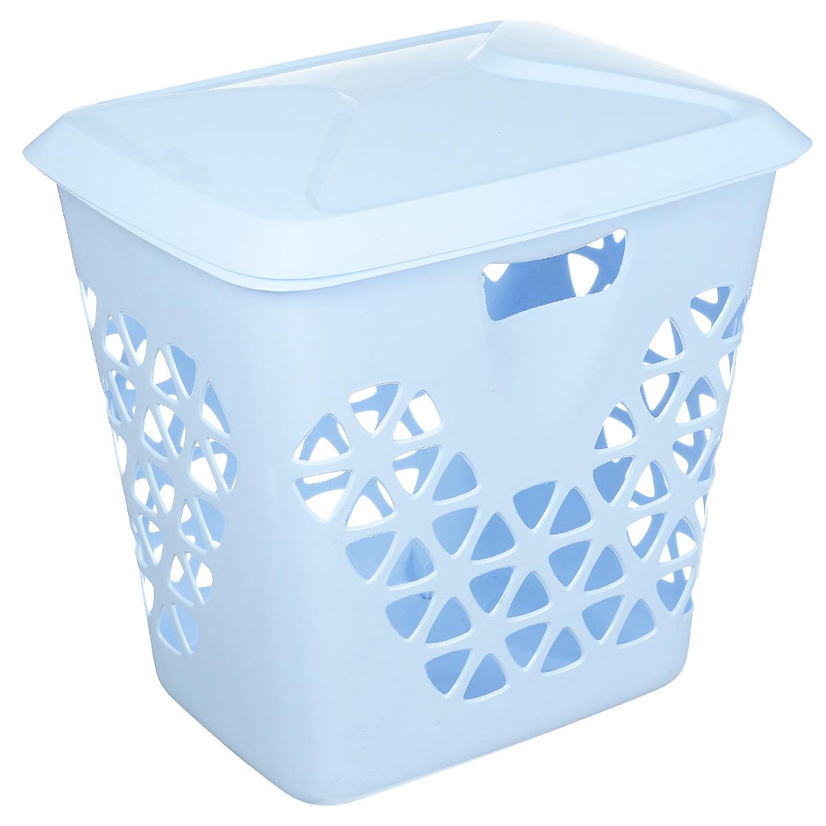 Корзина для белья Idea Венеция, цвет: голубой, 45 л68/5/4Вместительная корзина для белья Idea Венеция изготовлена из прочного пластика. Она отлично подойдет для хранения белья перед стиркой. Специальные отверстия на стенках создают идеальные условия для проветривания. Изделие оснащено крышкой. Такая корзина для белья прекрасно впишется в интерьер ванной комнаты.