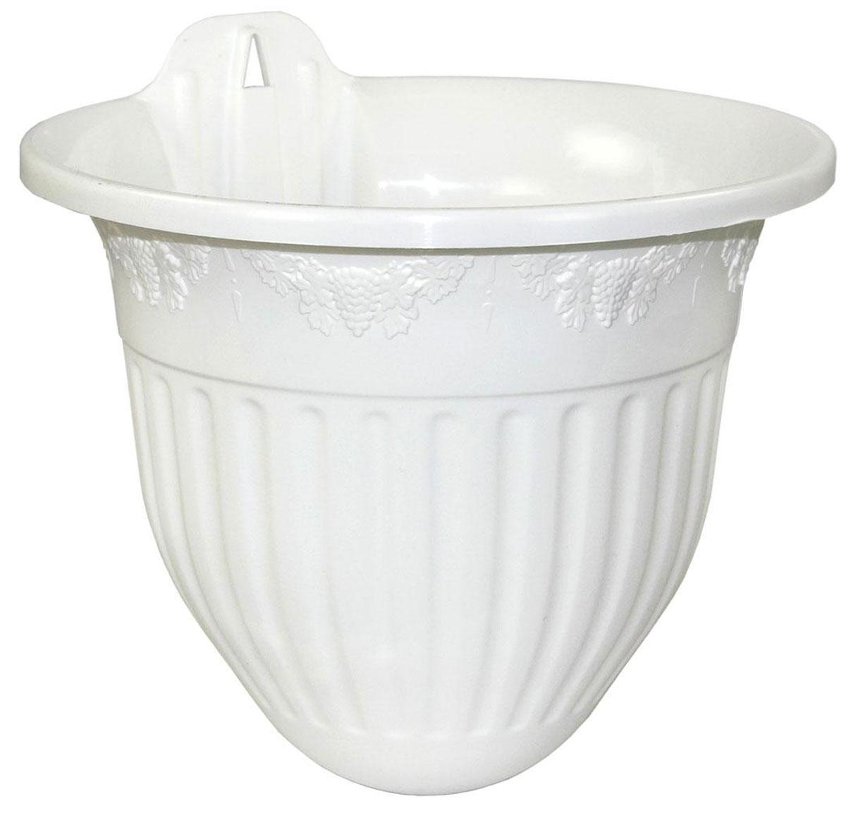 Кашпо настенное Альтернатива Лозанна, цвет: белый, 3 лZ-0307Настенное кашпо Альтернатива Лозанна изготовлено из прочного пластика. Изделие прекрасно подходит для выращивания растений и цветов в домашних условиях. Крепится к стене при помощи шурупа (в комплект не входит). Стильный лаконичный дизайн впишется в интерьер любого помещения.