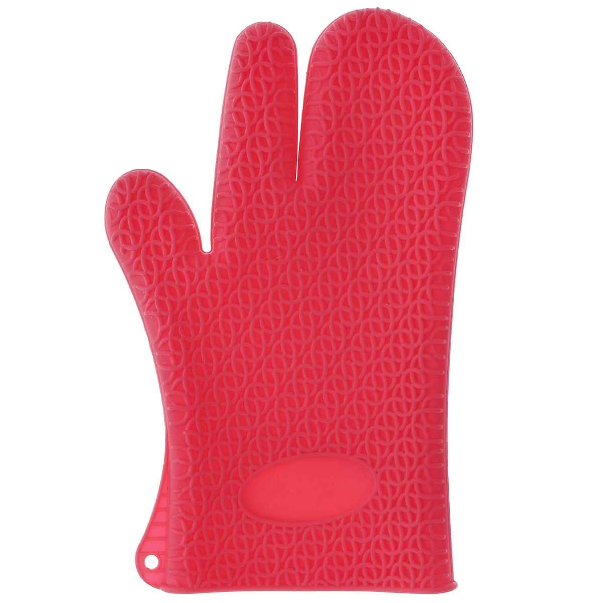Рукавица для кухни Marmiton, силиконовая, цвет: малиновыйGL 1907Рукавица для кухни Marmiton выполнена из цветного силикона, который выдерживает температуру от -40°С до +240°С. Изделие приятное на ощупь, невероятно гибкое и прочное. Рукавица имеет рельефную поверхность, что обеспечивает еще более надежный хват. С помощью такой рукавицы ваши руки будут защищены от ожогов, когда вы будете ставить в печь или доставать из нее выпечку. Размер: 17 см х 28 см.