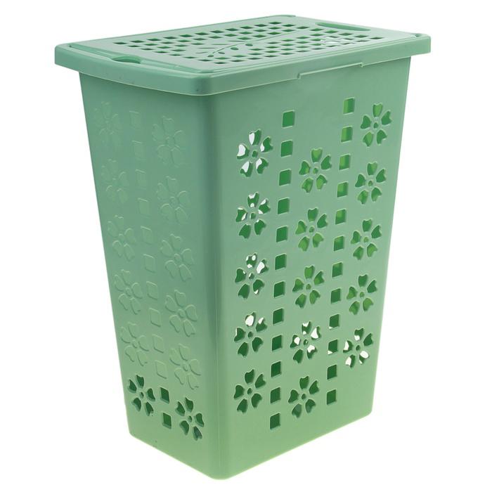 Корзина для белья Альтернатива Виолетта, цвет: зеленый, 30 л97678Легкая и удобная корзина Альтернатива Виолетта прямоугольной формы, изготовлена из пластика. Она отлично подойдет для хранения белья перед стиркой. Корзина, декорированная небольшими отверстиями в форме цветов и квадратиков, скрывает содержимое корзины от посторонних. Отверстия создают идеальные условия для проветривания. Изделие оснащено крышкой и отверстием для переноски корзины. Такая корзина для белья прекрасно впишется в интерьер ванной комнаты.Объем: 30 л. Размер корзины: 37 см х 25,5 см х 48 см.