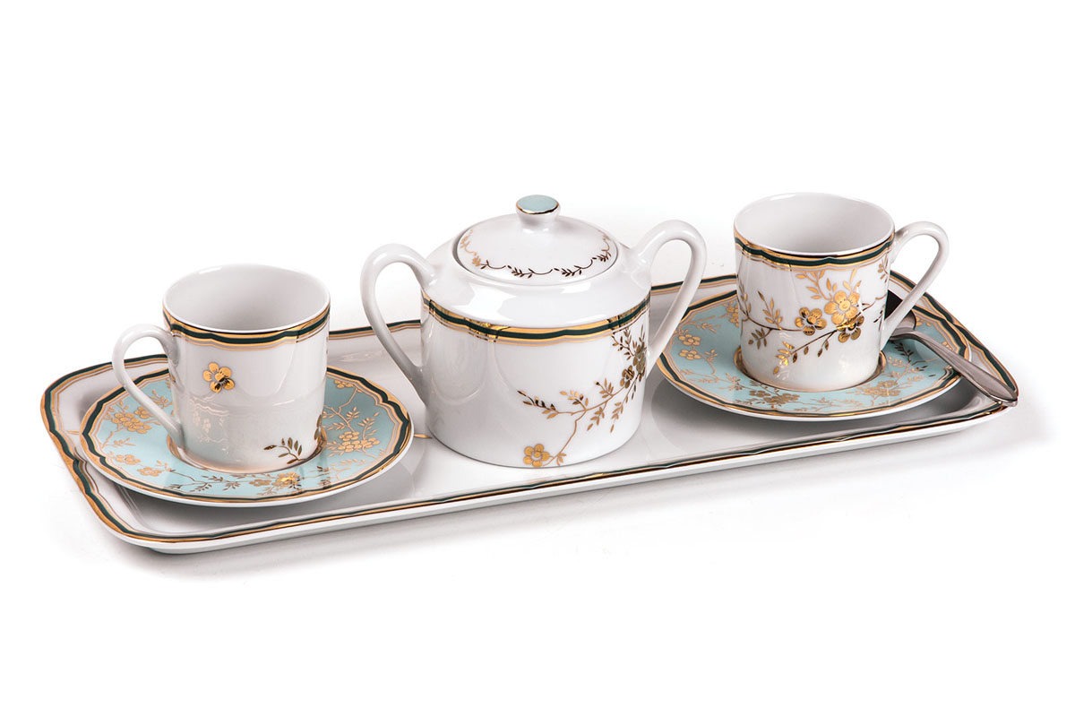 Кофейный набор на 2 персоны ( Тэт -а -тэт ), цвет: бело-голубой с золотомVT-1520(SR)Кофейный набор 90 мг 6 предметов Материал: фарфор: цвет: бело-голубой с золотомСерия: ZEN