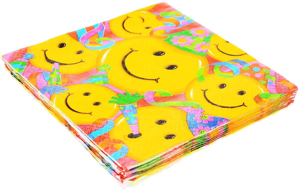 """Двухслойные бумажные салфетки """"Улыбки"""" с красочным рисунком, станут отличным дополнением любого праздничного стола. Самые веселые и жизнерадостные смайлики, и в большом количестве, изображены на салфетках. С успехом могут быть использованы как украшение праздничного стола и по своему прямому назначению. В упаковке 16 ярких двухслойных салфеток."""