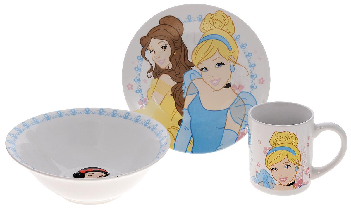 Disney Набор посуды Принцессы, 3 предмета70165Красочный набор посуды Принцессы, выполненный из качественной керамики, идеально подойдет для повседневного использования.В комплект входят: тарелка диаметром 19 см, салатник диаметром 17,5 см и кружка объемом 210 мл. Все предметы выполнены в оригинальном дизайне с изображениями принцесс Disney. Набор упакован в коробку из плотного картона.Набор посуды непременно доставит массу удовольствия своему обладателю.Допустимо использование в посудомоечной машине и СВЧ. Рекомендуется для детей от 3 лет.