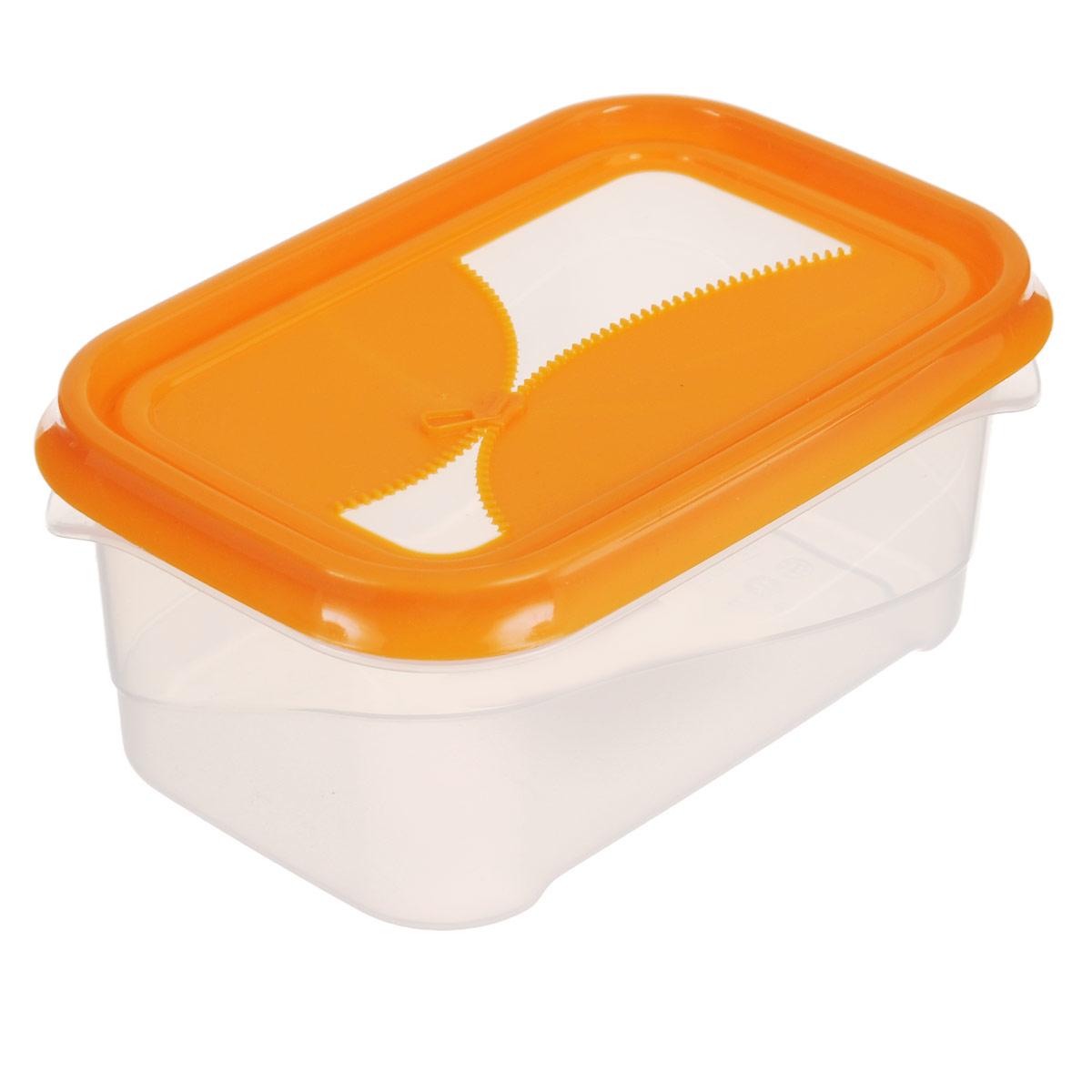 Контейнер для холодильника и СВЧ Phibo Ziplook, цвет: прозрачный, оранжевый, 700 мл54 009305Контейнер для холодильника и СВЧ Phibo Ziplook изготовлен из высококачественного прочного пластика, устойчивого к высоким температурам. Яркая цветная крышка, украшенная рельефом в виде молнии, плотно закрывается, дольше сохраняя продукты свежими и вкусными. Контейнер идеально подходит для хранения пищи, его удобно брать с собой на работу, учебу, пикник или просто использовать для хранения пищи в холодильнике.Подходит для использования в микроволновой печи (без крышки). Можно мыть в посудомоечной машине.