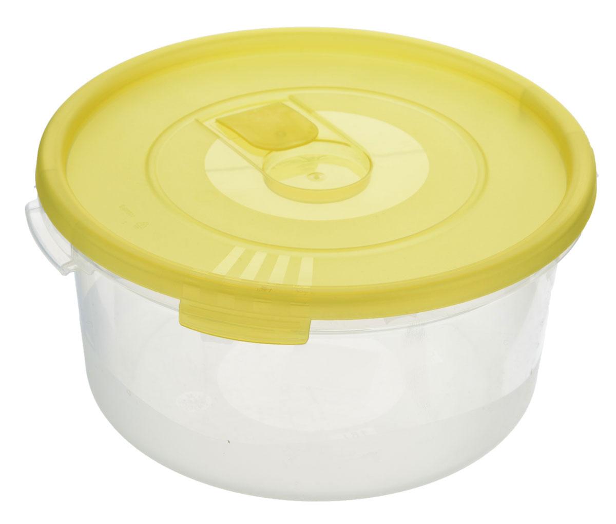 Контейнер Полимербыт Смайл, цвет: прозрачный, желтый, 1,6 лVT-1520(SR)Контейнер Полимербыт Смайл круглой формы, изготовленный из прочного пластика, предназначен специально для хранения пищевых продуктов. Контейнер оснащен герметичной крышкой со специальным клапаном, благодаря которому внутри создается вакуум, и продукты дольше сохраняют свежесть и аромат. Крышка легко открывается и плотно закрывается.Стенки контейнера прозрачные - хорошо видно, что внутри. Контейнер устойчив к воздействию масел и жиров, легко моется. Имеет возможность хранения продуктов глубокой заморозки, обладает высокой прочностью. Можно мыть в посудомоечной машине. Подходит для использования в микроволновых печах. Диаметр: 20 см. Высота (без крышки): 9 см.