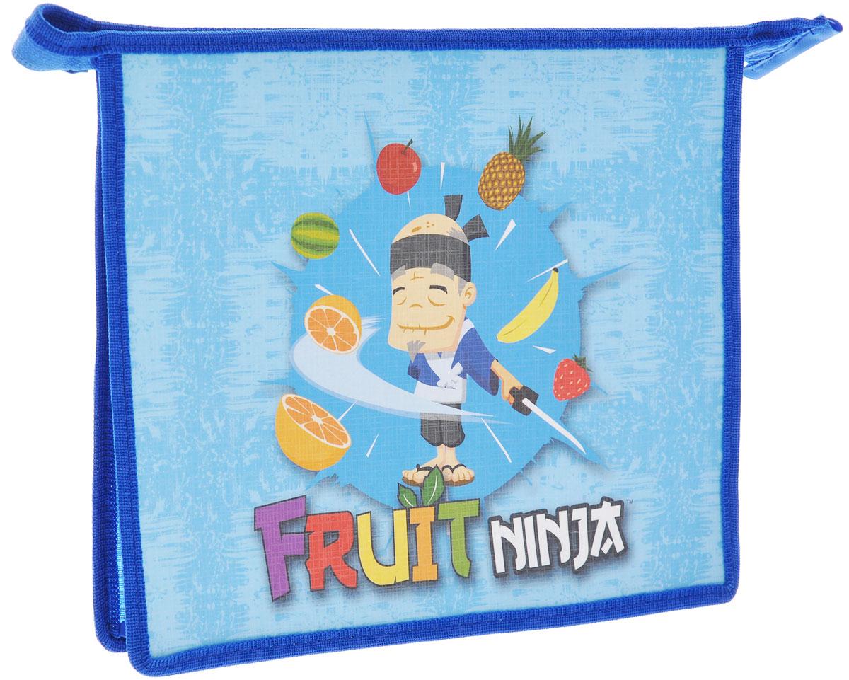 Action! Папка на молнии Fruit Ninja, цвет: синий. Формат A5AC-1121RDПапка на молнии Action! Fruit Ninja формата А5 - это оптимальный способ уберечь от деформации тетради, документы, рисунки и прочие бумаги. С ней можно забыть о таких проблемах, как погнутые уголки и края. Кроме того, теперь все необходимые бумаги и тетради будут аккуратно собраны, а не распределены по разным местам, что сократит время их поиска. Задняя стенка папки прозрачна, что позволяет видеть содержимое в ней и быстрее отыскать нужный предмет. Аксессуар закрывается на молнию, поэтому вы можете быть уверены, что положенные в нее бумаги не выпадут.