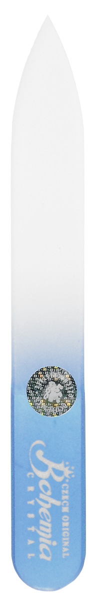 Bohemia Пилочка для ногтей, стеклянная, чехол из мягкого пластика, цвет: синий. 0902FM 5567 weis-grauСтеклянная пилочка Bohemia подходит как для натуральных, так и для искусственных ногтей. Она прекрасно шлифует и придает форму ногтям. После пользования стеклянной пилочкой ногти не слоятся и не ломаются. При уходе за накладными ногтями во время работы ее рекомендуется периодически смачивать в воде. Поверхность стеклянной пилочки не поддается коррозии.К пилочке прилагается замшевый чехол.Материал пилочки: богемское стекло.