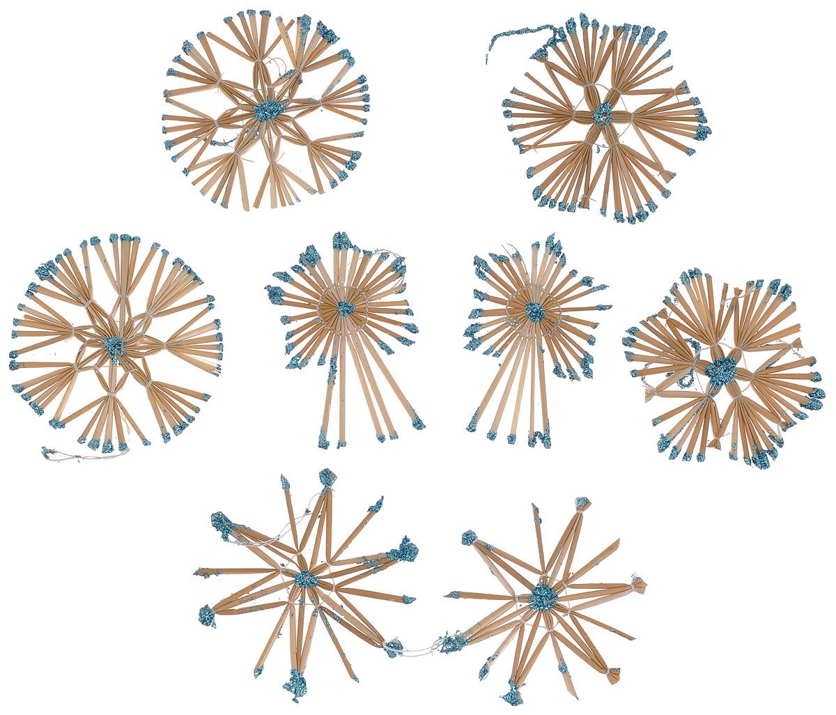 Набор новогодних подвесных украшений Феникс-презент Magic Time, цвет: бирюзовый, светло-коричневый, 8 шт39440Набор Феникс-презент Magic Time, состоящий из 8 новогодних подвесных украшений, отлично подойдет для декорации вашего дома и новогодней ели. Изделиявыполнены из соломы в виде снежинок и звезд, оформленных блестками. Украшения имеют специальные петельки для подвешивания. Коллекция декоративных украшений Феникс-презент Magic Time принесет в ваш дом ни с чем не сравнимое ощущение праздника!Средний размер украшения: 8,5 см х 8,5 см.