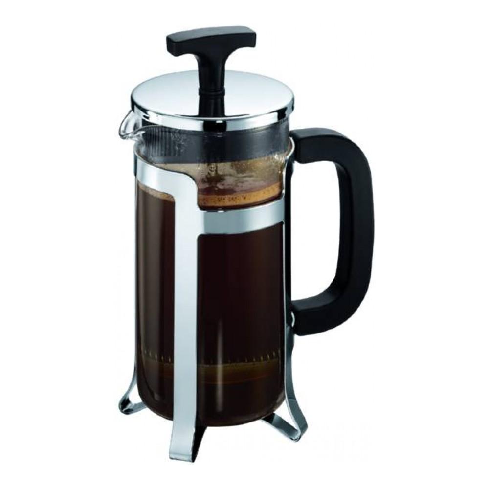 Кофейник с прессом Bodum Jesper, 0.35 л, цвет: хром. 10414-1668/5/4Кофейник Bodum Jesper изготовлен из высококачественного стекла и оснащен фильтром french press из нержавеющей стали, который позволяет легко и просто приготовить отличный напиток. Кофейник оснащен удобной пластиковой ручкой, что исключает его выскальзывание из руки и помещен в оправу из пластика, которая эффективно защищает стекло. Настоящим ценителям натурального кофе широко известны основные и наиболее часто применяемые способы его приготовления: эспрессо, по-турецки, гейзерный. Однако существует принципиально иной способ, известный как french press, благодаря которому приготовление ароматного напитка стало гораздо проще.