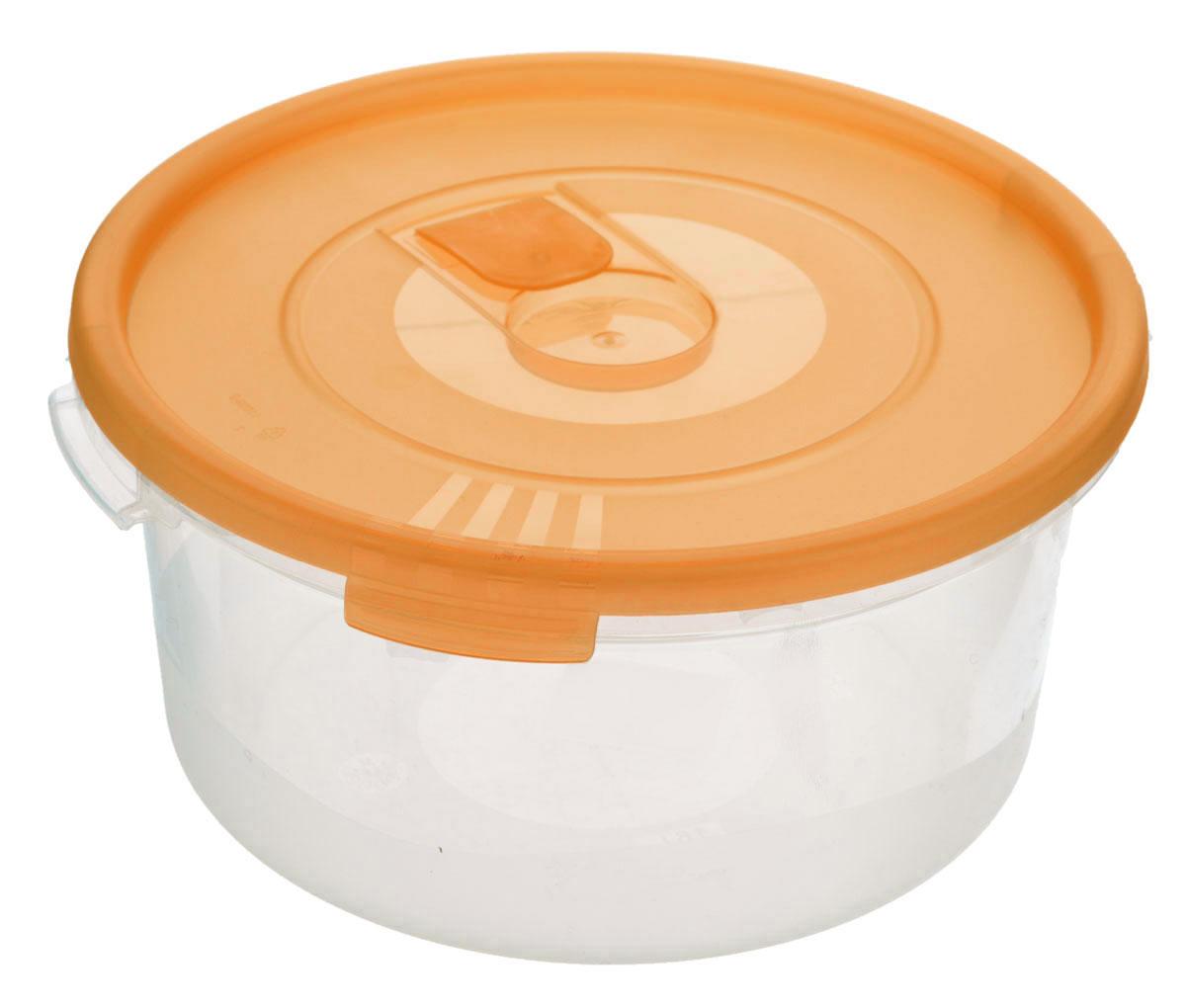 Контейнер Полимербыт Смайл, цвет: прозрачный, оранжевый, 1,6 лVT-1520(SR)Контейнер Полимербыт Смайл круглой формы, изготовленный из прочного пластика, предназначен специально для хранения пищевых продуктов. Контейнер оснащен герметичной крышкой со специальным клапаном, благодаря которому внутри создается вакуум, и продукты дольше сохраняют свежесть и аромат. Крышка легко открывается и плотно закрывается.Стенки контейнера прозрачные - хорошо видно, что внутри. Контейнер устойчив к воздействию масел и жиров, легко моется. Имеет возможность хранения продуктов глубокой заморозки, обладает высокой прочностью. Можно мыть в посудомоечной машине. Подходит для использования в микроволновых печах. Диаметр: 20 см. Высота (без крышки): 9 см.