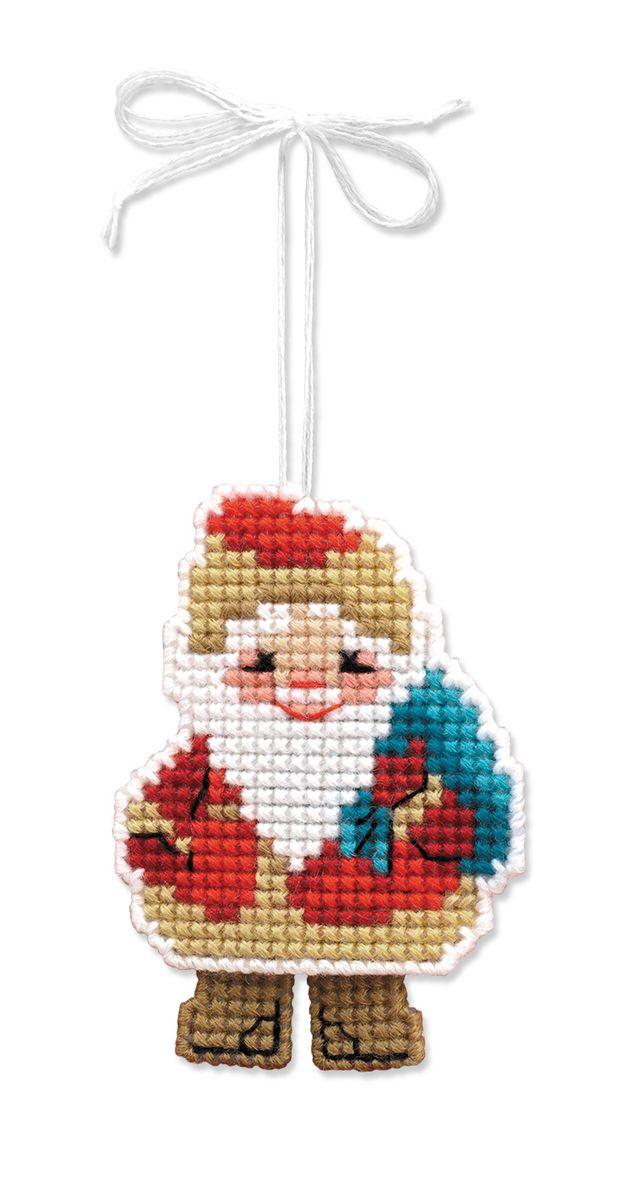 """Набор для рукоделия Riolis """"Новогодняя игрушка. Дедушка мороз"""" поможет вам создать свой личный шедевр, новогоднее подвесное украшение. Работа, выполненная своими руками, станет отличным подарком для друзей и близких!Набор содержит: - пластиковая канва для вышивания ; - шерстяные и акриловые нитки Safil (10 цветов); - игла; - цветная схема; - инструкция на русском языке."""