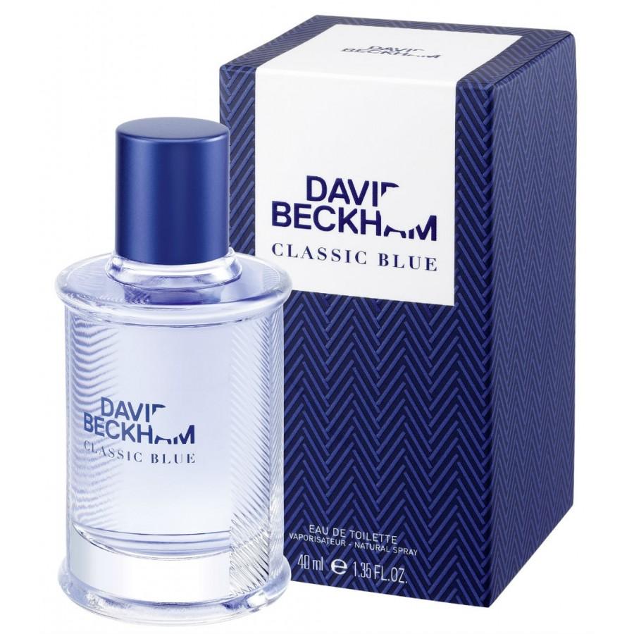David Beckham Beckham Classic Blue Туалетная вода мужская, 60 мл1301210David Beckham Classic Blue сочетает в себе классику и современный стиль, он еще более смелый, чем его предшественник Classic. Верхняя нота: Лист фиалки, ананас, грейпфрут.Средняя нота: Мускатный шалфей, яблоко, герань.Шлейф: Кашемировое дерево, пачули, мох.Композиция этого фужерно-древесного аромата раскрывается нотами бодрящего грейпфрута, сочного ананаса и листа фиалки, переплетаясь с аккордами хрусткого яблока, чувственной герани и мускатного шалфея в сердце. Завершают композицию ноты молекулы cashmeran, терпковатого мха и листа пачули.Дневной и вечерний аромат.