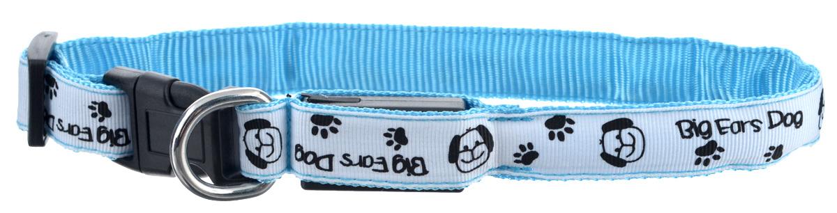 Ошейник для собак V.I.Pet Собачки и лапки, светящийся, цвет: белый, голубой, 18-28 см0120710Светящийся ошейник V.I.Pet Собачки и лапки - это современный аксессуар, предназначенный для собак. Он выполнен из прочного нейлона и прошит светоотражающей нейлоновой нитью. Такой ошейник видно на расстоянии более 300 метров, кроме того, питомец будет заметен водителям транспорта, что обеспечит безопасность прогулки. Особенности ошейника:- работает в 3 режимах: постоянный свет, быстрое мигание, мигание;- в темное время суток виден на расстоянии до 300 метров; - заряжается через USB-кабель (входит в комплект); - прошит с обеих сторон светоотражающей нитью;Размер ошейника: 18-28 см. Ширина: 2 см.