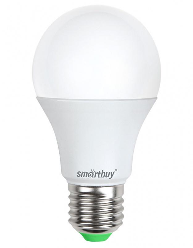 Лампа светодиодная Smartbuy, А60, холодный свет, цоколь Е27, 9 ВтC0038552Светодиодная лампа Smartbuy - энергосберегающая лампа общего освещения, подходит для замены стандартных ламп накаливания и галогенных. Благодаря своей экономичности, длительному сроку службы и экологичности светодиодные лампы выгодно отличаются от своих предшественников. Колба лампы матовая, грушевидной формы. Идеально подходит к любому светильнику, в котором используются данные типы ламп. В светодиодных лампах серии A60 применяются высокоэффективные светодиоды, обеспечивающие эффективность до 80 лм/Вт. При этом коэффициент цветопередачи ламп обеспечивается на уровне Ra>80. Особенности: - Хорошая цветопередача. - Отсутствие мерцания обеспечивает меньшую утомляемость глаз. - Высокоэффективный драйвер обеспечивает стабильную работу. - Устойчивость к механическому воздействию. - Большой срок службы - 30 000 часов работы. - Широкий рабочий температурный режим от -25° до +45°С. - Не содержит ртуть, экологически безопасна. Тип колбы: А60. Индекс цветопередачи: RA>80. Частота: 50 Гц. Напряжение: 220-240 В. Коэффициент мощности: 0,06.
