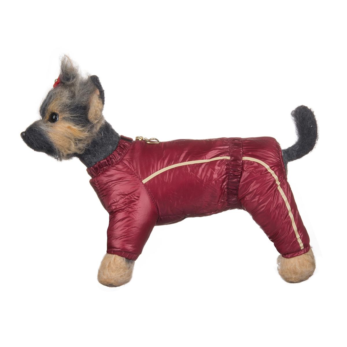 Комбинезон для собак Dogmoda Альпы, зимний, для девочки, цвет: бордовый, серый. Размер 1 (S)DM-150349-1Зимний комбинезон для собак Dogmoda Альпы отлично подойдет для прогулок в зимнее время года.Комбинезон изготовлен из полиэстера, защищающего от ветра и снега, с утеплителем из синтепона, который сохранит тепло даже в сильные морозы, а на подкладке используется искусственный мех, который обеспечивает отличный воздухообмен. Комбинезон застегивается на молнию и липучку, благодаря чему его легко надевать и снимать. Ворот, низ рукавов и брючин оснащены внутренними резинками, которые мягко обхватывают шею и лапки, не позволяя просачиваться холодному воздуху. На пояснице имеется внутренняя резинка. Изделие декорировано бежевыми полосками и надписью DM.Благодаря такому комбинезону простуда не грозит вашему питомцу и он сможет испытать не сравнимое удовольствие от снежных игр и забав.
