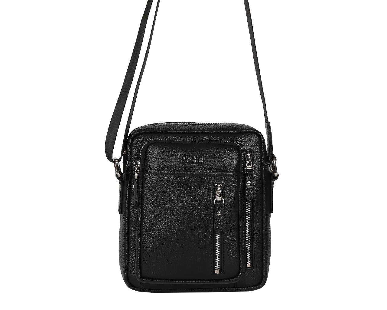 Сумка мужская Fabretti, цвет: черный. LRB004S76245Стильная мужская сумка Fabretti выполнена из натуральной кожи с зернистой фактурой и оформлена металлической фурнитурой.Изделие содержит одно основное отделение, которое закрывается молнию. Внутри расположен врезной карман на молнии встроенный органайзер, который состоит из накладного кармана для телефона и двух кожаных фиксаторов для ручек. Снаружи, на лицевой стенке сумки расположен накладной карман. В тыльной стенке сумки расположены два врезных кармана с молниями и два накладных кармана, один из которых закрывается на молнию. В тыльной стенке сумки дополнительный врезной карман на молнии. Сумка оснащена плечевым ремнем регулируемой длины, который крепится к основанию изделия при помощи металлической фурнитуры.Сумка Fabretti прекрасно дополнит образ и подчеркнет ваш неповторимый стиль.